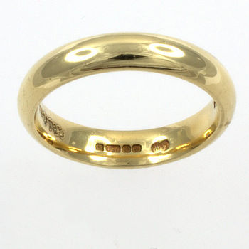 18ct gold Band Ring size M½