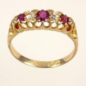 18ct gold Ruby / Diamond 5 stone Ring size N½