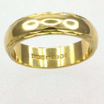 18ct gold Band Ring size J