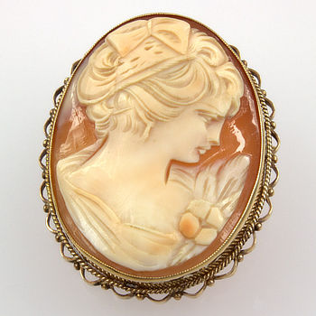 9ct gold Cameo Brooch