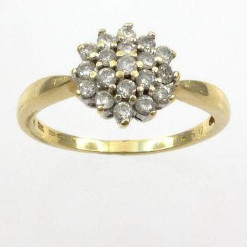 18ct gold Diamond 50pt Cluster Ring size O½