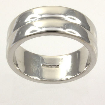 9ct white gold Band Ring size Q