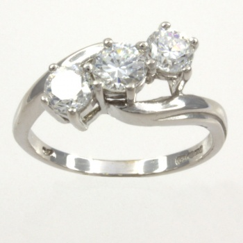 9ct white gold C.Z. 3 stone Ring size K