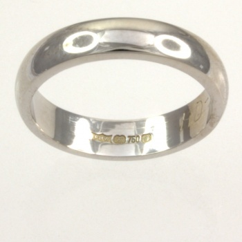 18ct white gold 4.3g Band Ring size K