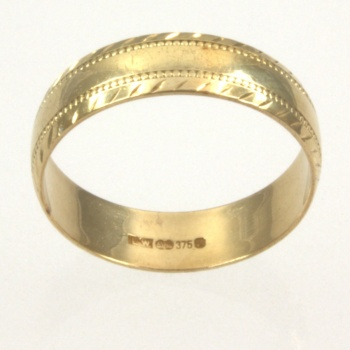 9ct gold Band Ring size M½
