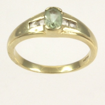 9ct gold Real Stones Single stone Ring size O