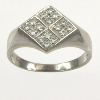 9ct white gold Diamond Signet Ring size K