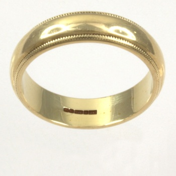 9ct gold Band Ring size M
