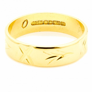 18ct gold Band Ring size O½