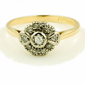 18ct gold Diamond Ring size O½