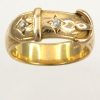 18ct gold Diamond buckle Ring size Q½