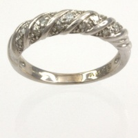 9ct white gold Diamond 10pt half eternity Ring size K